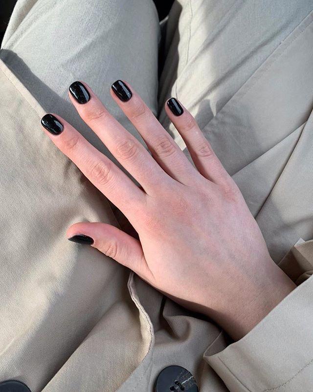 "Photo of APRIL TO YOU on Instagram: ""Чёрное покрытие — это так н…"