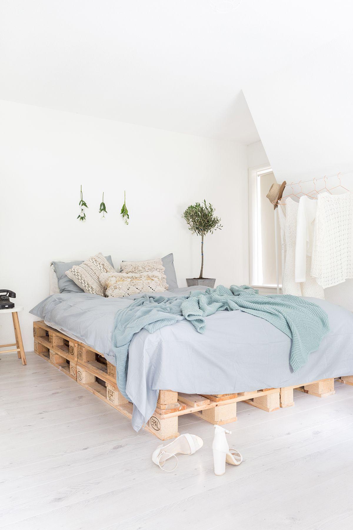 scandinavisch interieur - Logeerkamer | Pinterest - Interieur ...