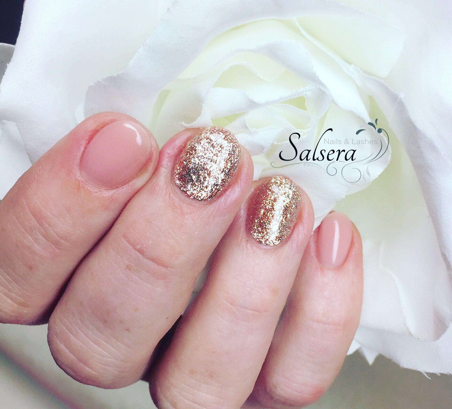 Nude Nails Glitter Nails Shortnails Gepflegte Hände Salsera Nails ...