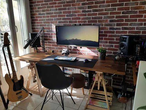Wood And Brick Tag Reddit U Not1thing Dm Or Email Me At Elitebattlestations Gmail Com To Be Featured Here Home Office Setup Computer Desk Setup Desk Setup