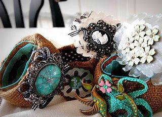 repurposed.jewels.  I love this so much.  I am going to try it today.