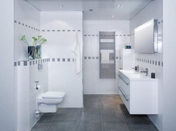 Niet iedereen heeft de luxe om een grote badkamer te bezitten ...