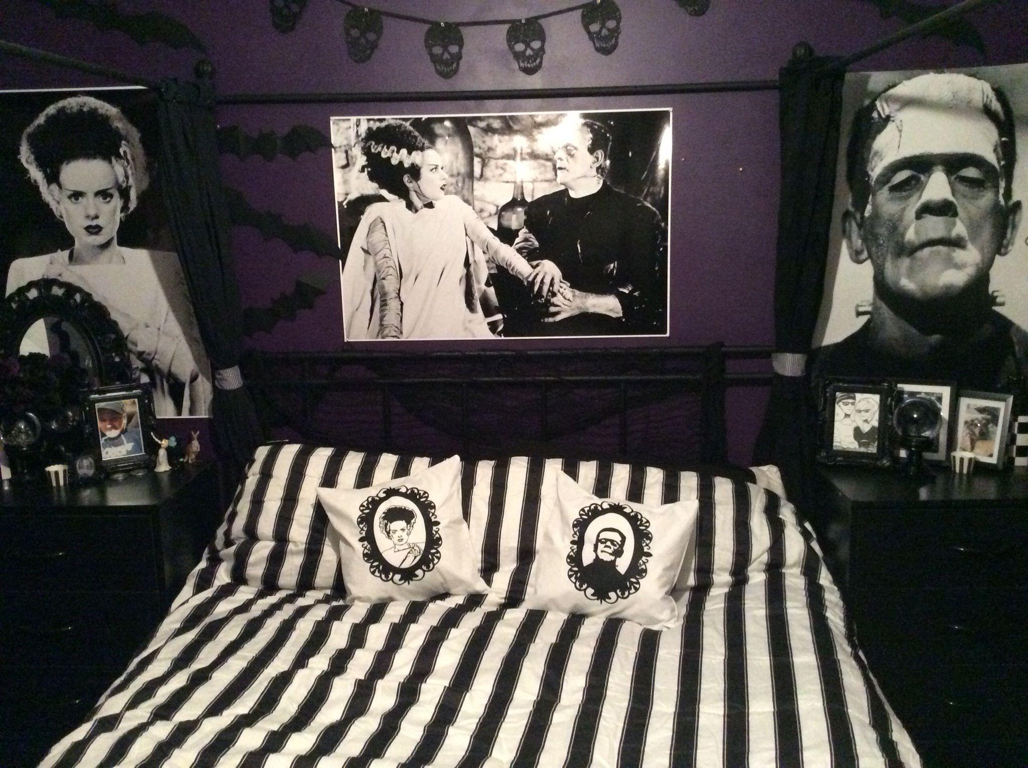 best 20 horror decor ideas on pinterest geek room geek decor frankenstein bride bedroom