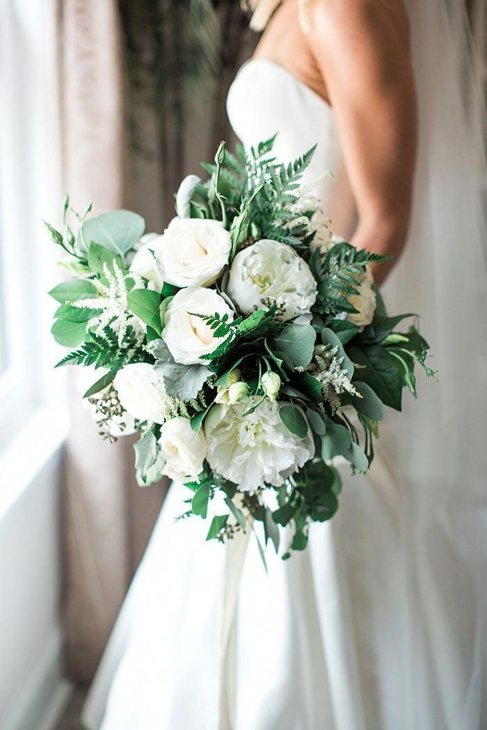 Peonie Bouquet Da Sposa.White Peony Bouquet With Summer Greenery Peonies Bouquet