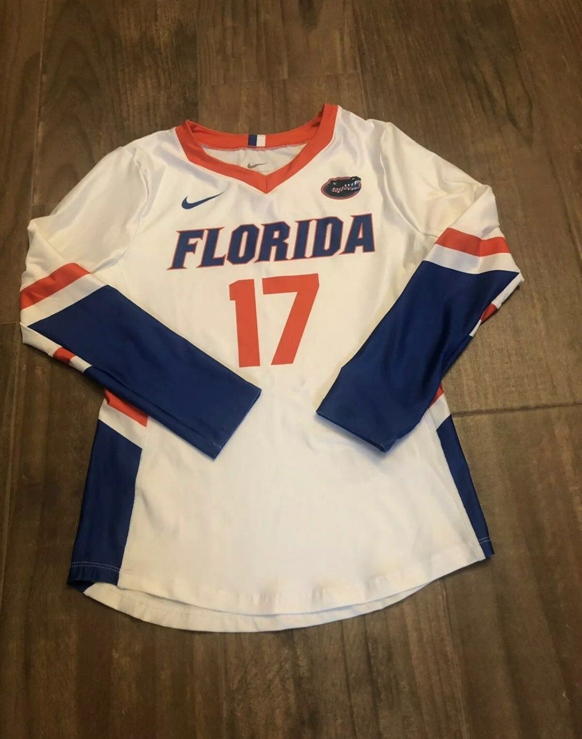 Florida Gators Volleyball Jersey Girls M In 2020 Volleyball Jerseys Jersey Design Jersey