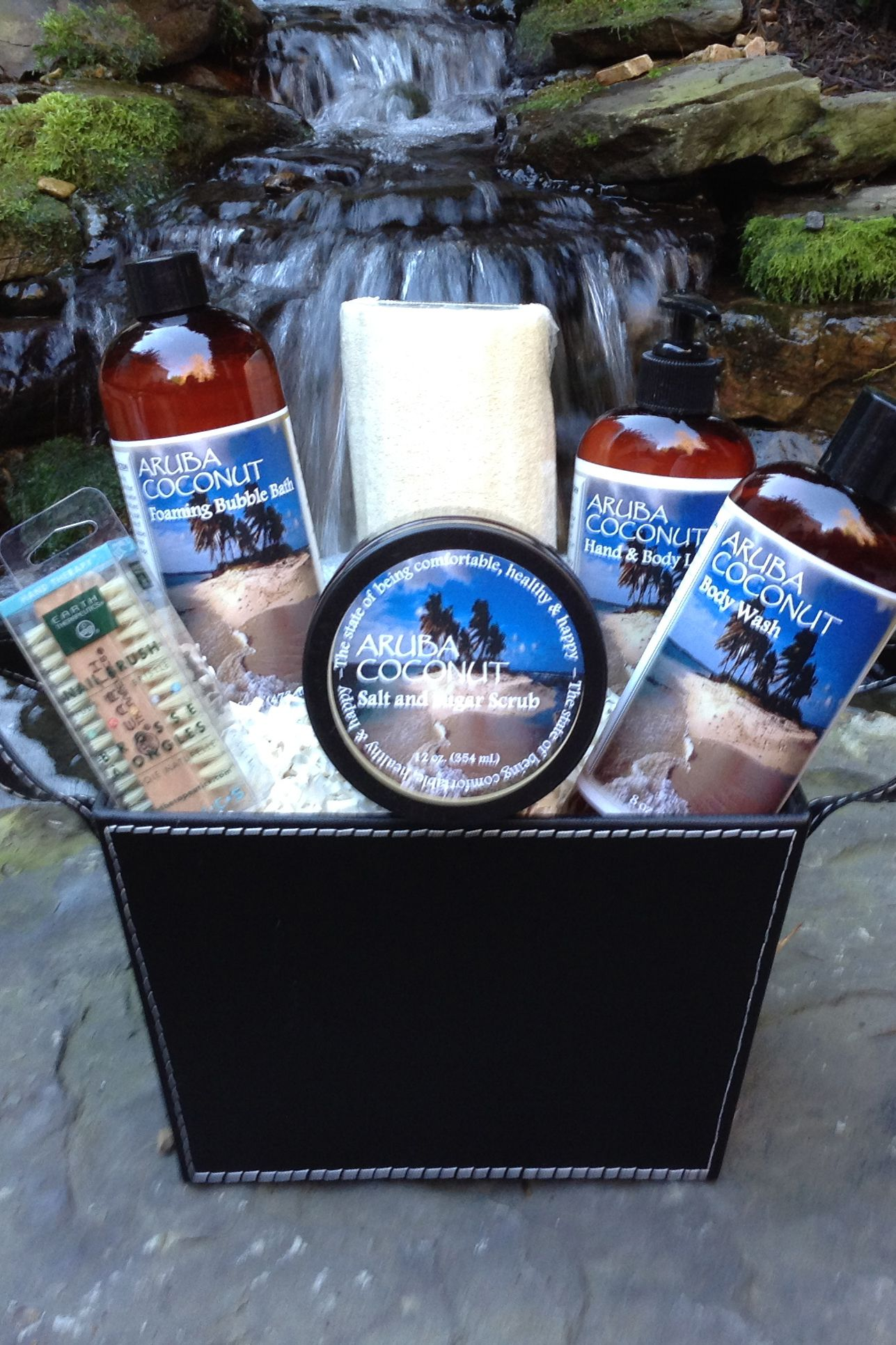 Aruba Coconut Bath Set Spa Basket - Soak in pure bliss, this Aruba ...