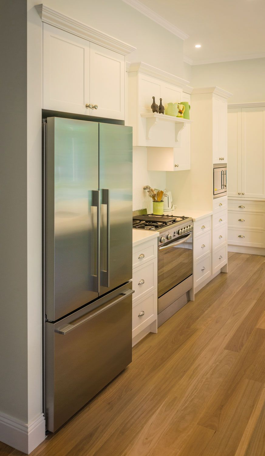 A Kitchen Envy Project Installed At Wentworth Falls Australia It Is A Traditional Styled Kitc With Images Traditional Kitchen Design Kitchen Cabinets Kitchen Cabinetry