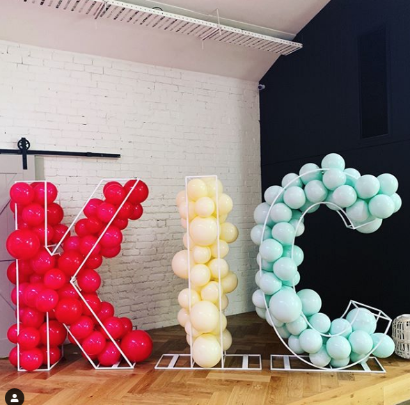 So fun! Wire Letters filled with Balloons. Balloons