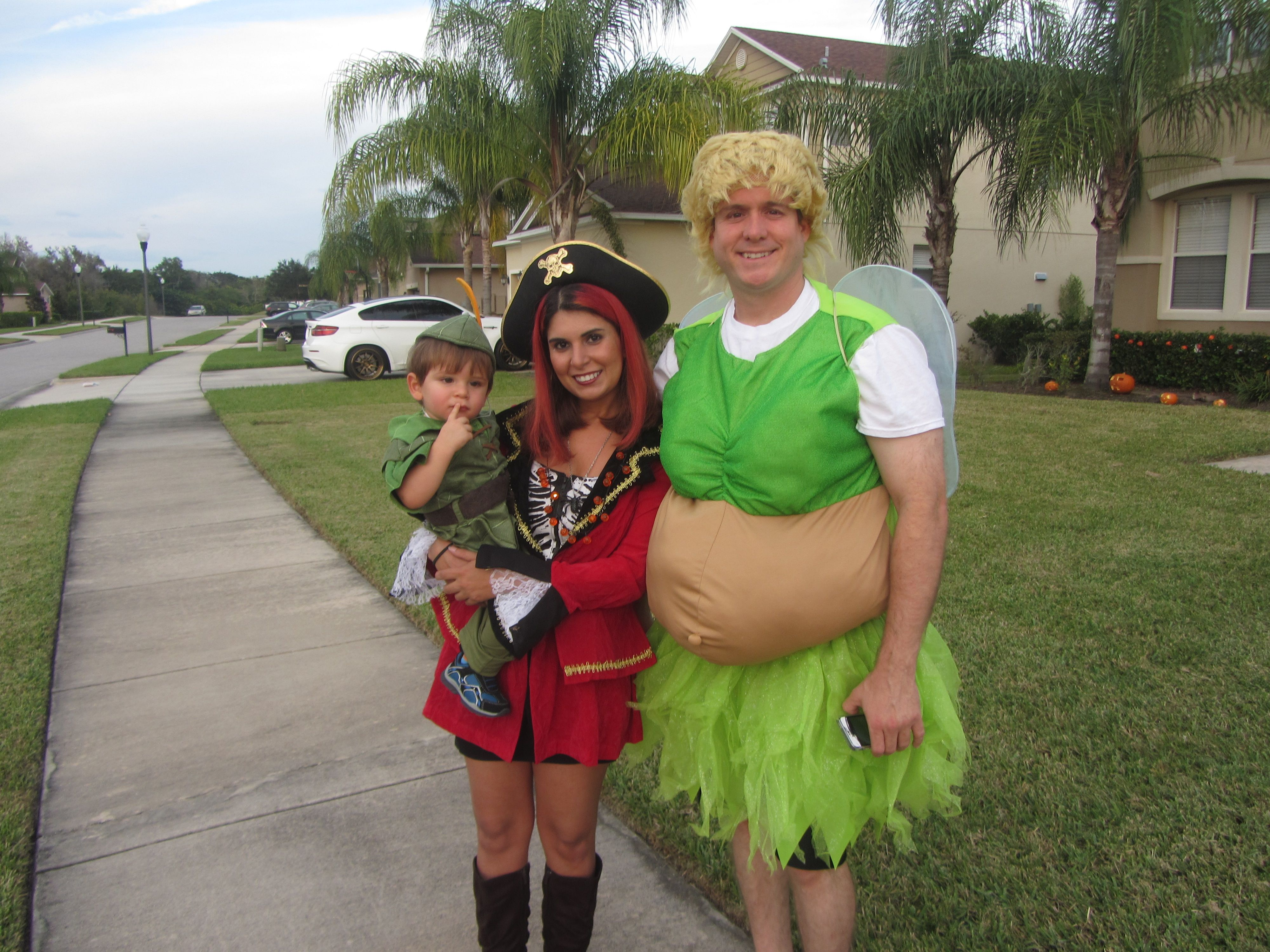 pictures: fun family halloween costume ideas(mother, son, and father