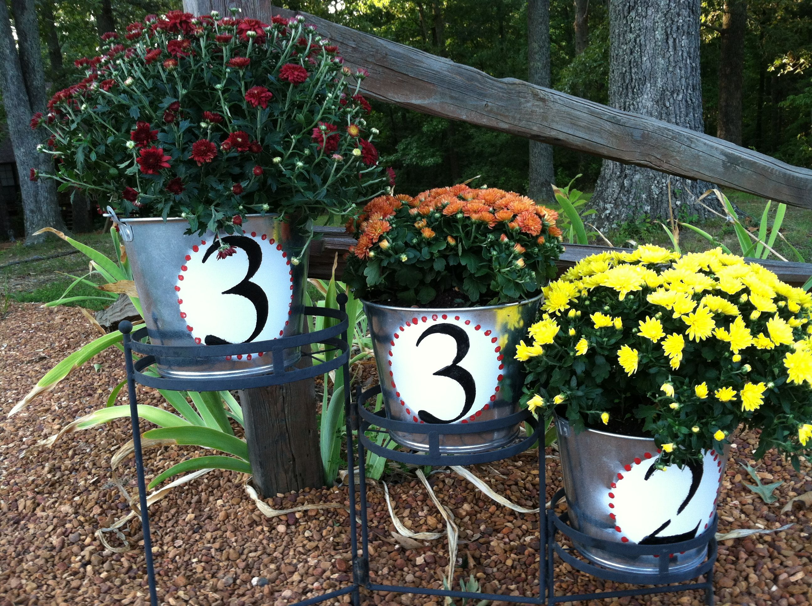 Hanging Flower Baskets Canadian Tire : Address buckets galvanized outdoor paint and