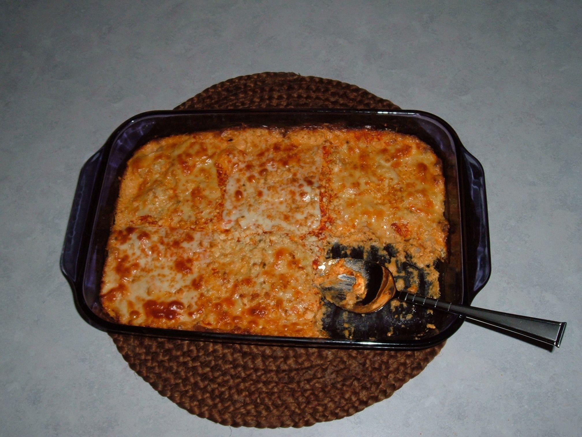 Buffalo chicken ketomac and cheese keto mac cheese
