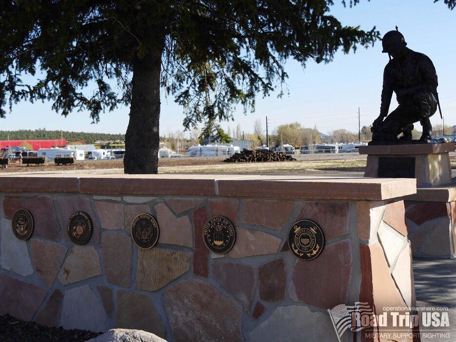 The Williams, Arizona Veterans Memorial honors those who died serving and all who served. What a wonderful tribute by this community to our Armed Forces! #military #support sighting PCS road trip USA operationwearehere.com