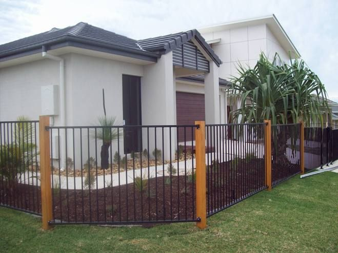 Front Side Fence Timber Posts Painted To Match Portico Feature Garage Door In Lieu Of Aluminium Posts Aprox Patio Fence Timber Posts Fence Around Pool