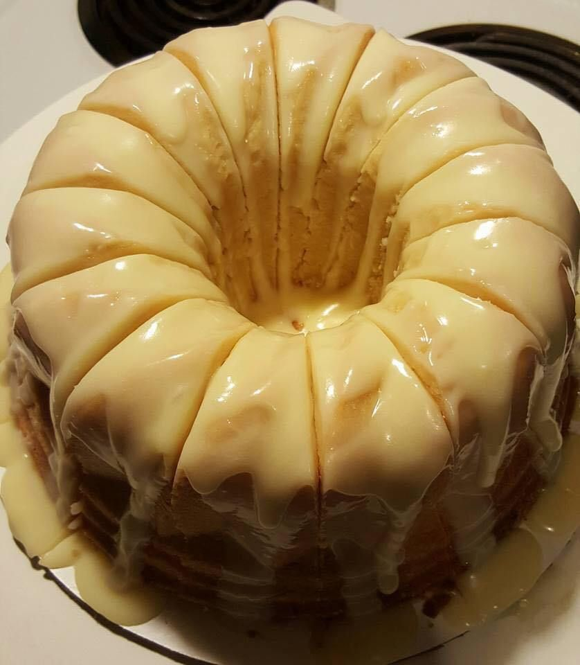 Vanilla Buttermilk Pound Cake With Cream Cheese Glaze I Need This In My Life Ingredients 12 Tablespoons O With Images Buttermilk Pound Cake Pound Cake Recipes Desserts