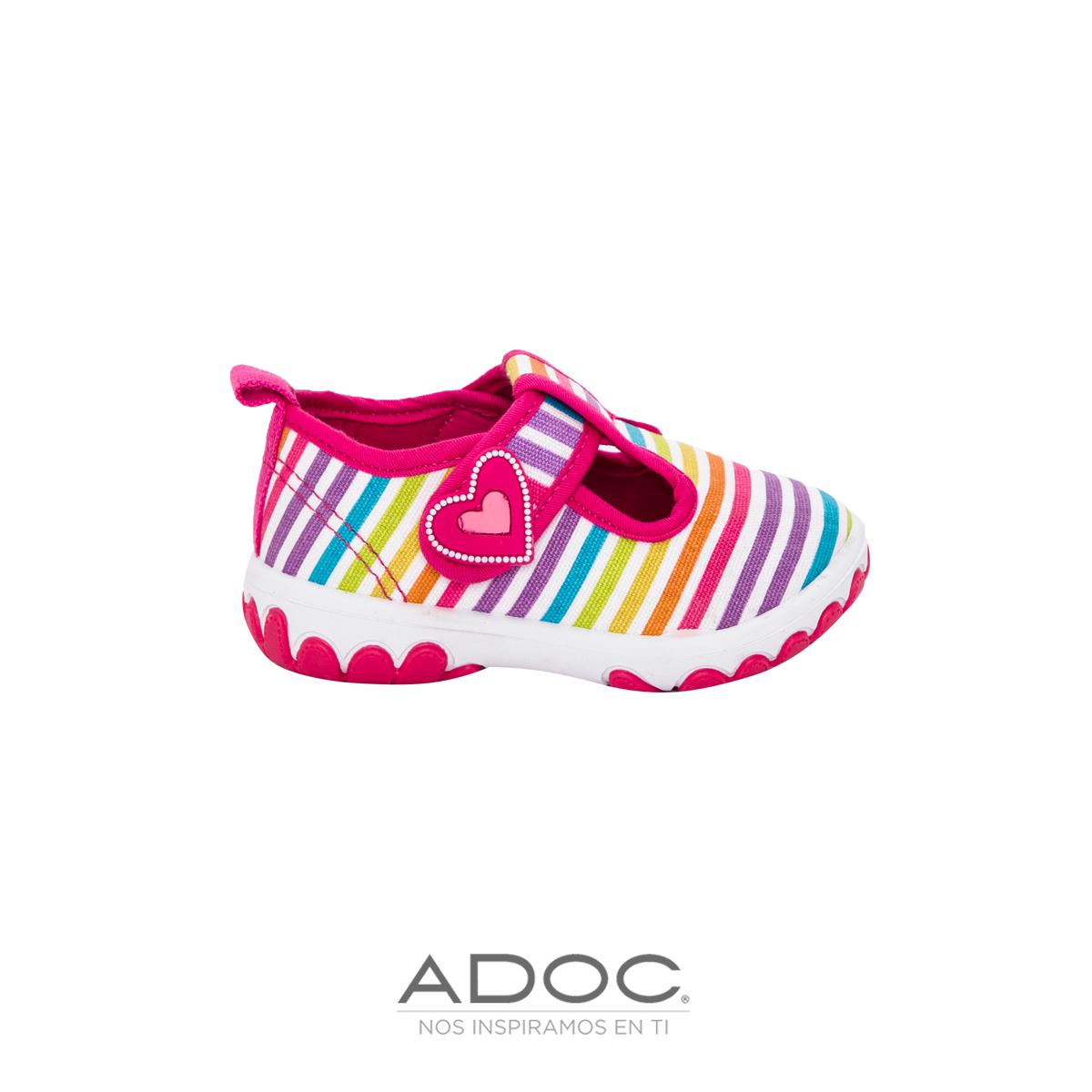 3d9789e3 Zapatos para niña disponibles en tiendas ADOC de Centroamérica ...