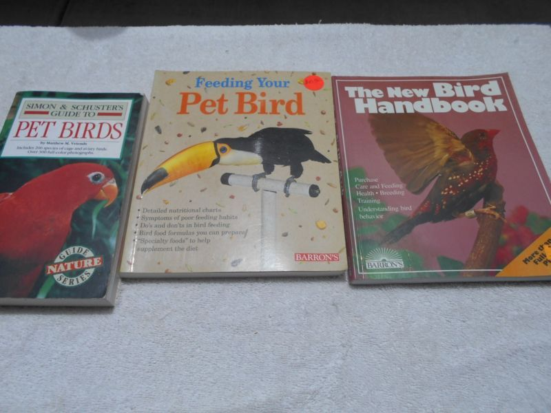 3 Books Pet Birds Catalog Care and feeding Owner's Manual - http://pets.goshoppins.com/bird-supplies/3-books-pet-birds-catalog-care-and-feeding-owners-manual/