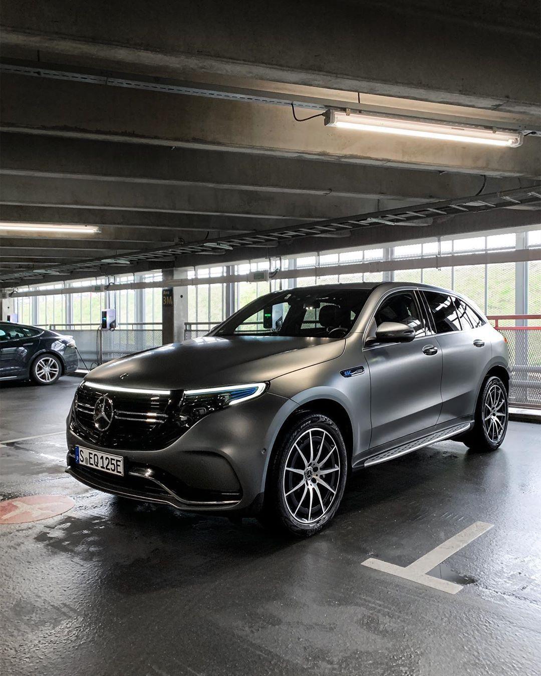 Eq Design Languag Mercedes Benz Suv Mercedes Car Mercedes Benz Cars