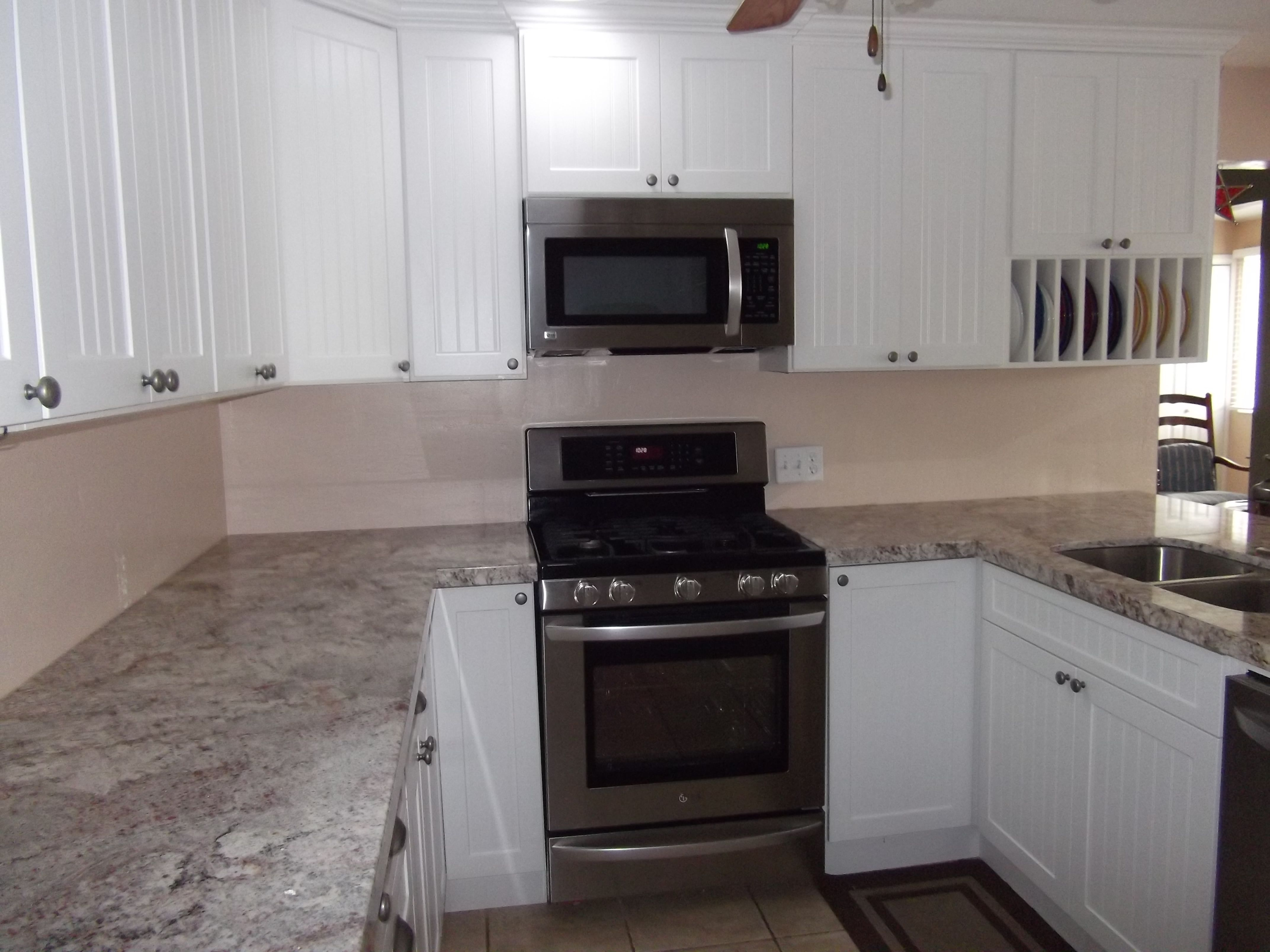 Mesmerizing Gray Marble Countertop With U Shaped Kitchen Ideas White  Cabinets As Decorate Apartment Kitchen Designs