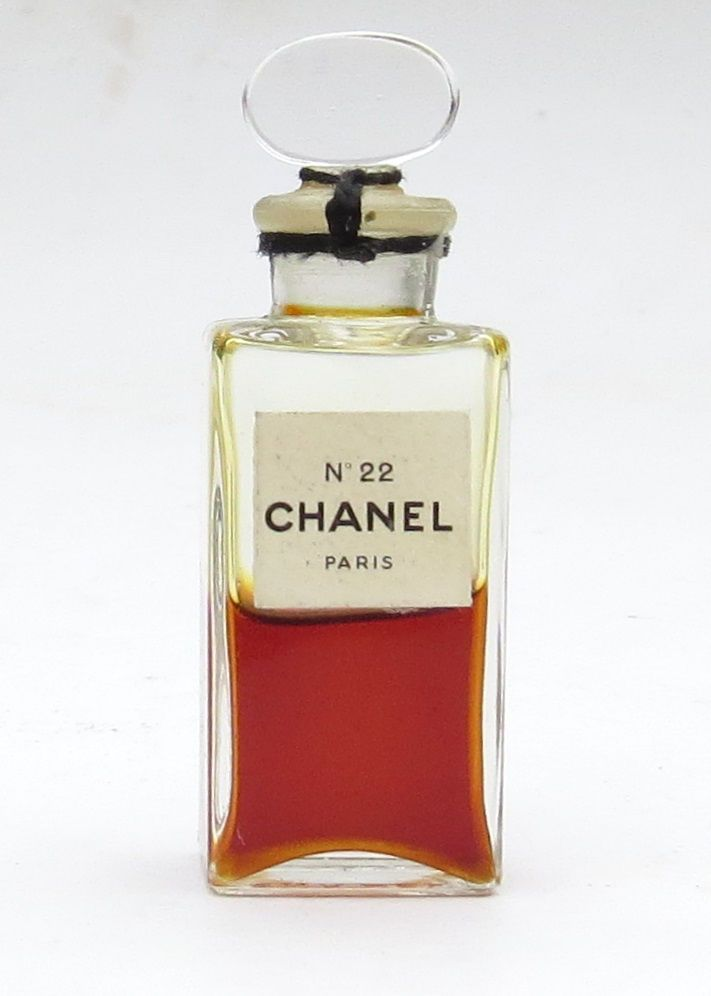 vintage chanel no 22 mini perfume bottle with glass stopper sealed 1 2 full chanel perfume. Black Bedroom Furniture Sets. Home Design Ideas
