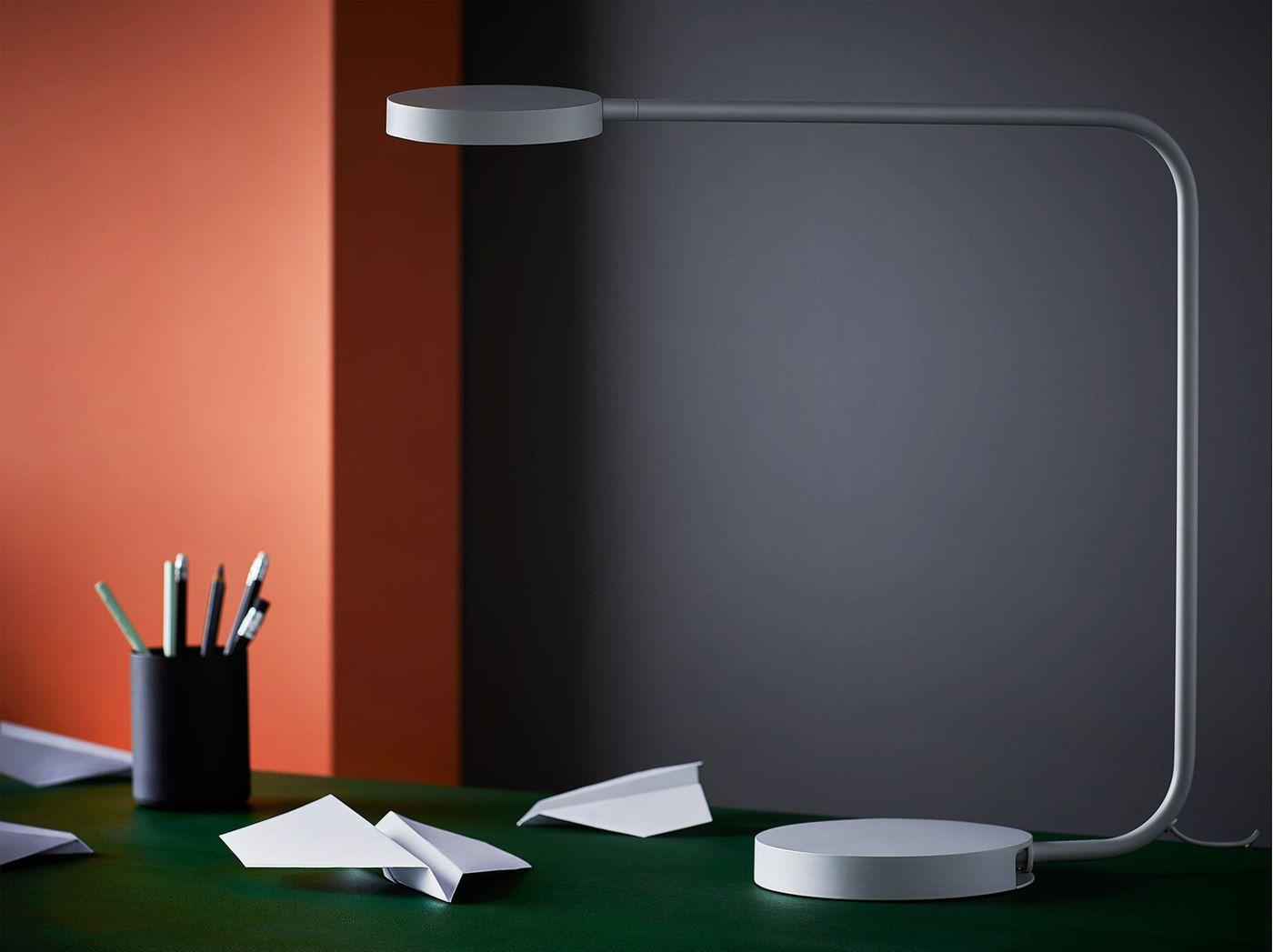 Réalisée en aluminium la lampe de table led ikea ypperlig apporte