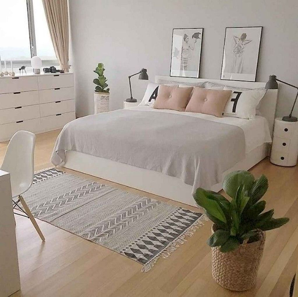 40 Simple Modern Bedroom Decoration for Big Space - Homiku.com