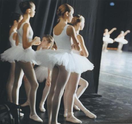 backstage,Paris Opera Ballet students via Flickr. #stylefun #gymgirlz