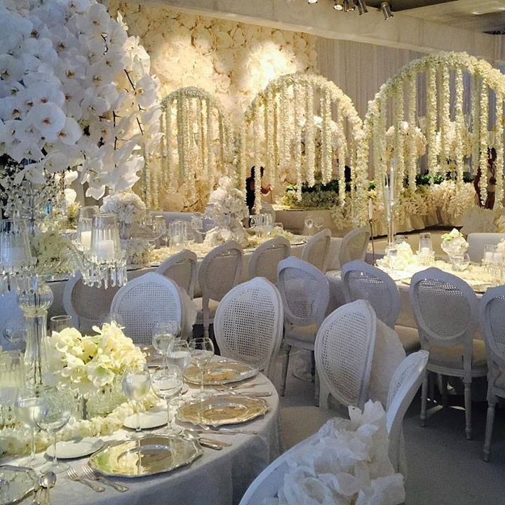 Inspiring Winter White Wedding Reception By Designer Jeff