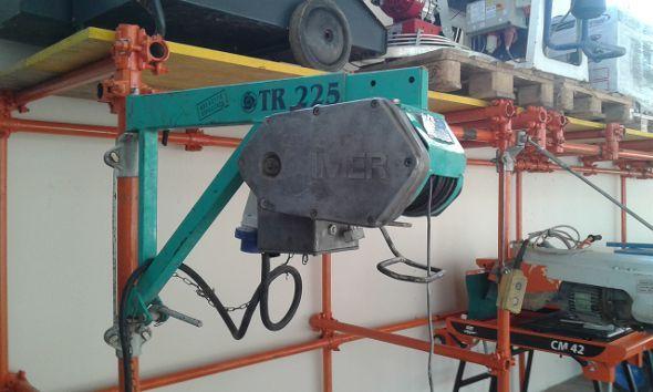 Montacarichi Imer Modello Tr225 Con Bandiera Telescopica