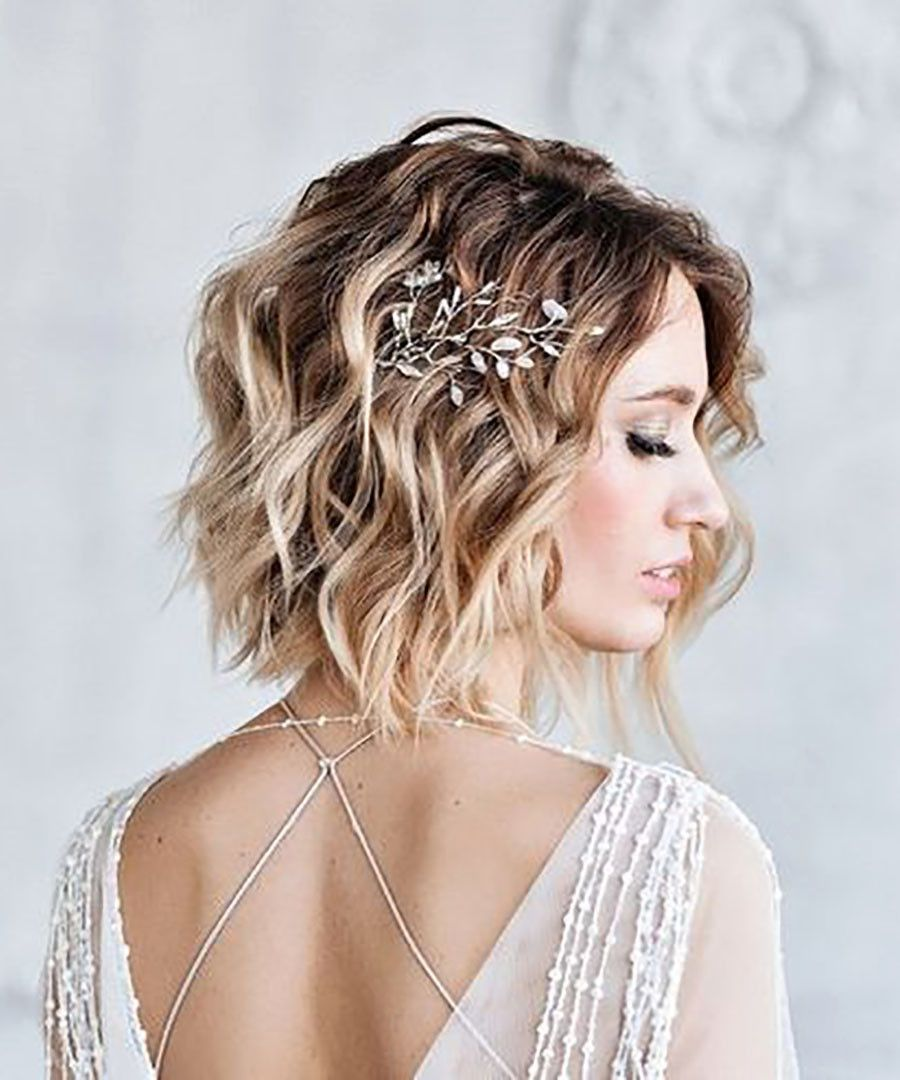 10 Beautiful Looks For Brides With Short Hair Dujour Hair Styles Short Hair Bride Short Wedding Hair