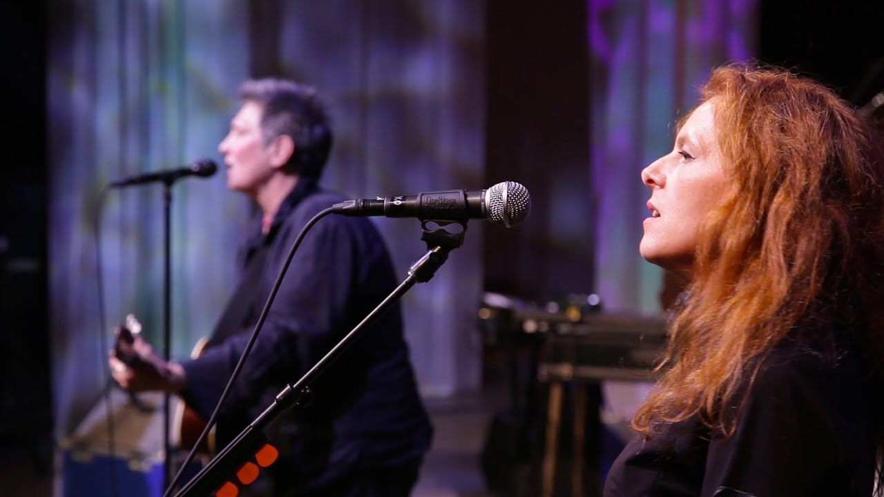 case/lang/veirs - Behind the Armory (opbmusic)