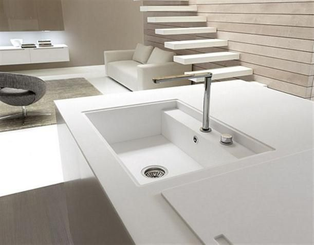 Contemporary Italian Kitchen Island with water faucet | Küche ...