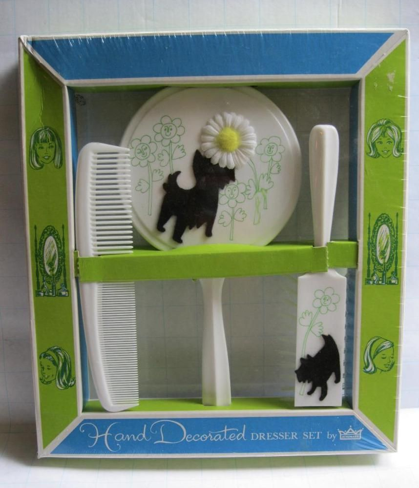 VTG Childs Dresser Vanity Set Mirror Comb Brush NIB Box SCOTTY DOG WHITE-USA