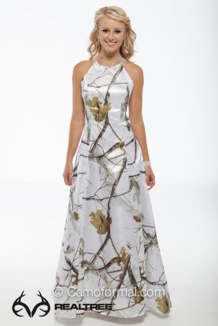 Realtree snow camo wedding dress realtreecamo for Snow camo wedding dresses