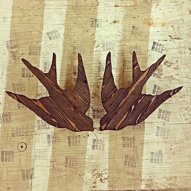 «#repost #regram ➡️Here's the next set of sparrows, 15 inches across. I used a dark stain on some cedar harvested from a torn down fence. I really like how…»