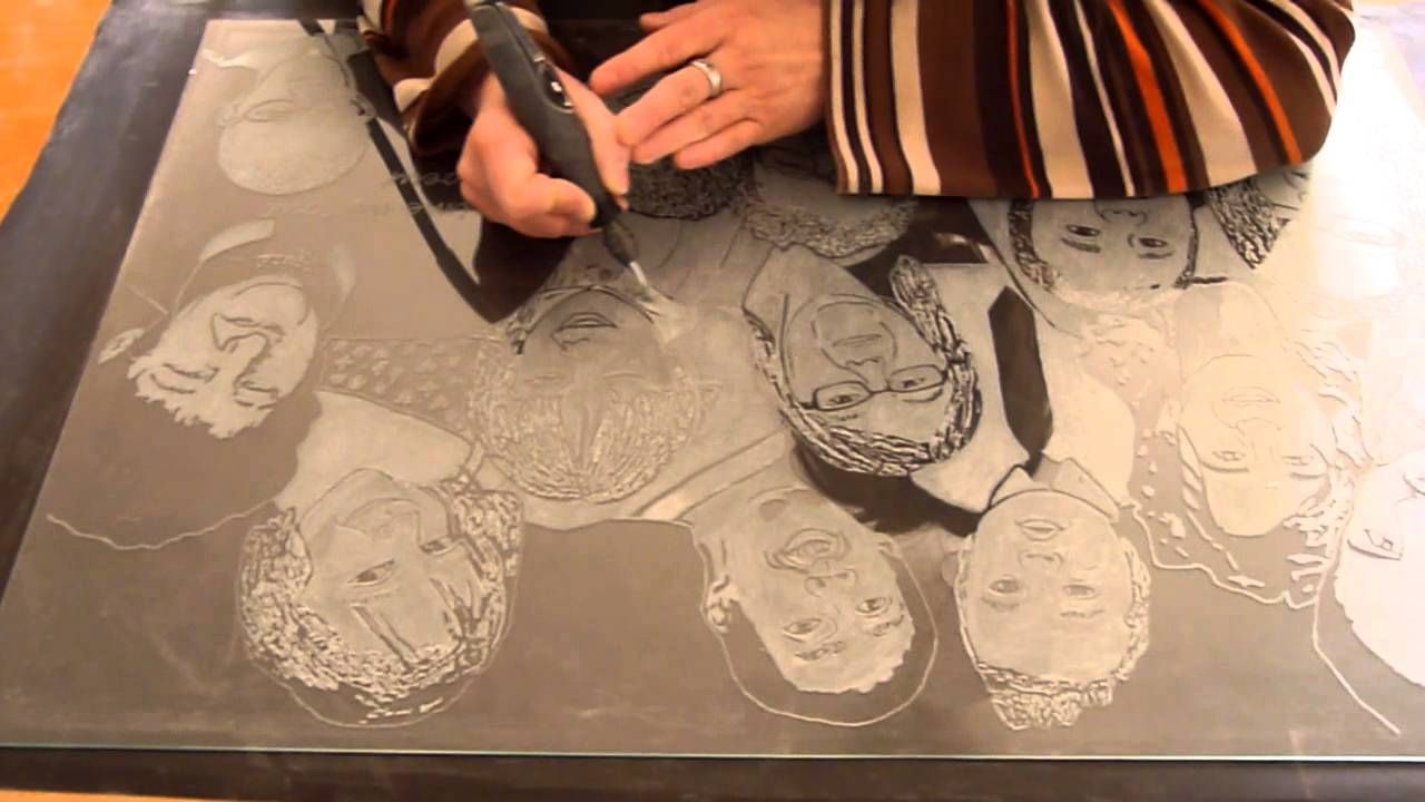 Gravures Sur Verre pour gravure sur verre artisanale d'un grand portrait de 14 personnes
