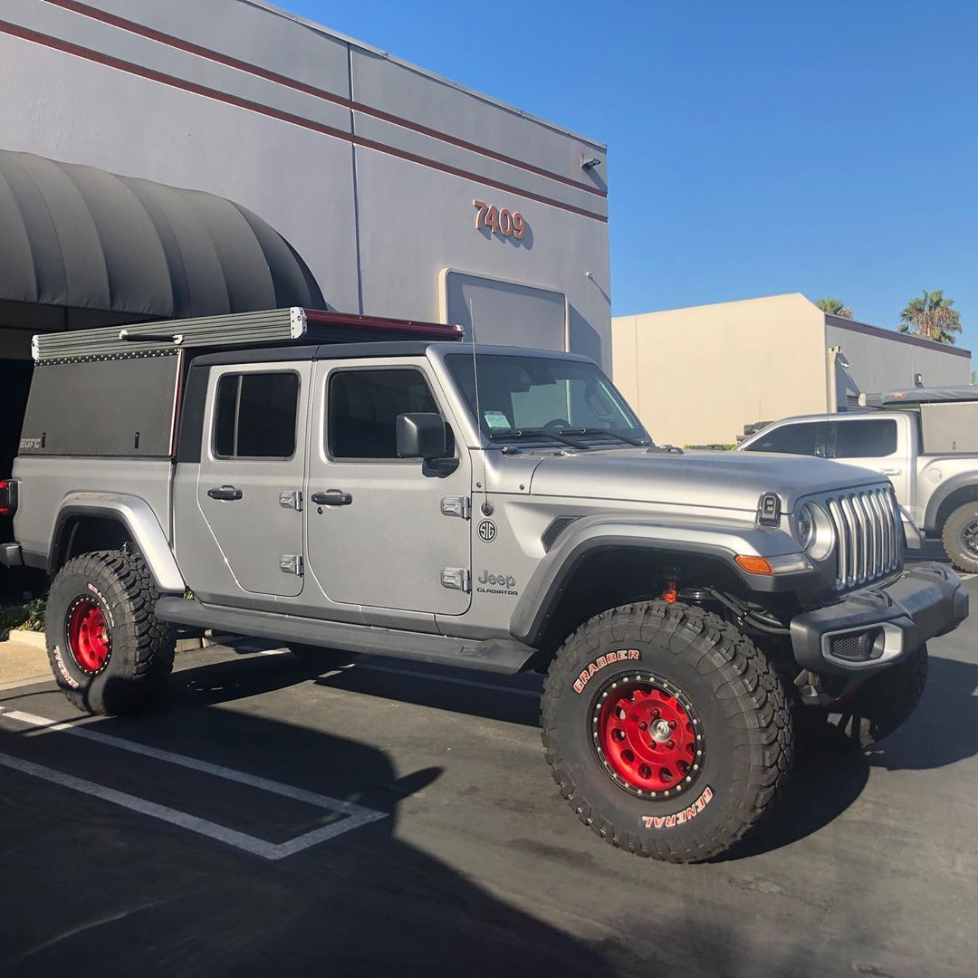 Image may contain sky, car and outdoor Jeep gladiator