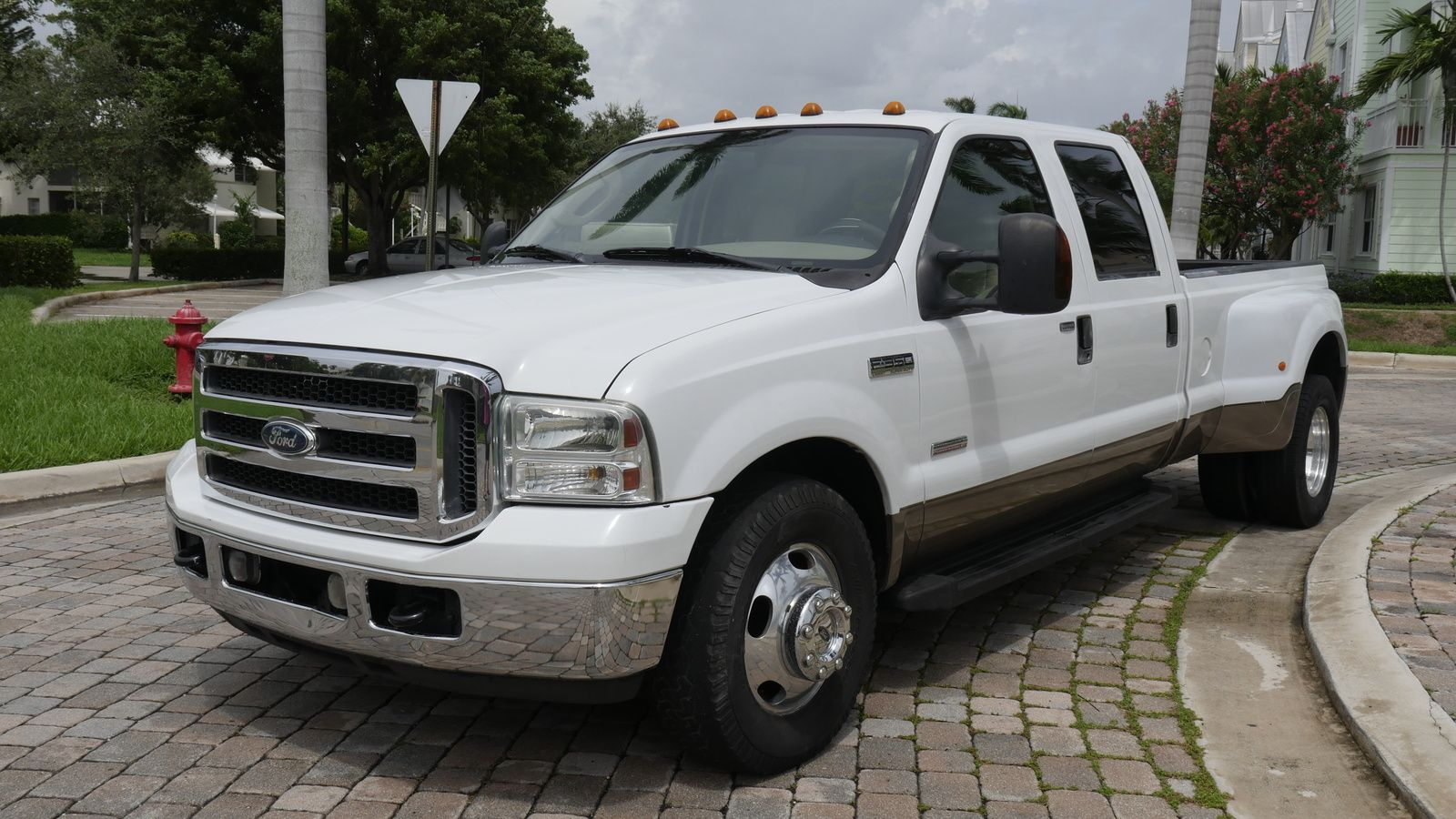 Teamcontender s 2007 ford f 350 super duty lariat crew cab drw