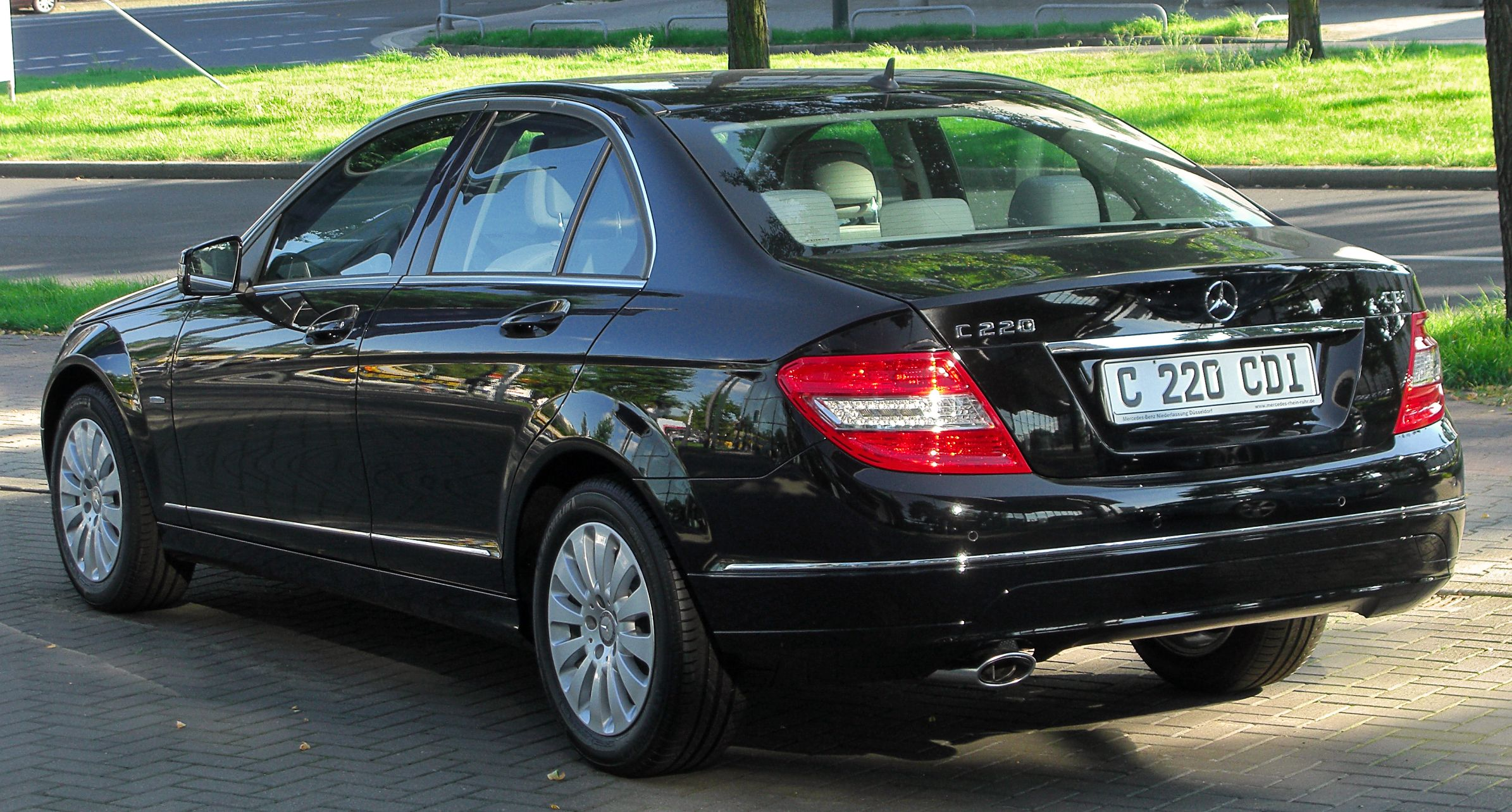 file mercedes c 220 cdi blueefficiency elegance w204 rear cars pinterest. Black Bedroom Furniture Sets. Home Design Ideas
