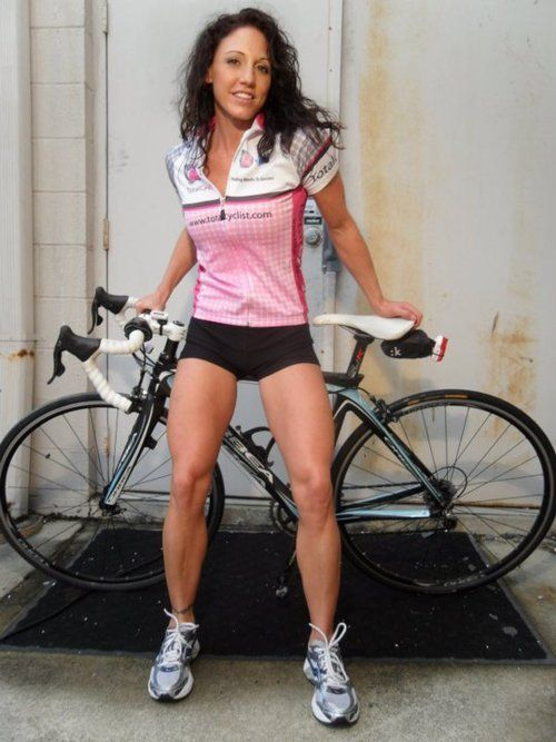Nice Orbea In Back And A Hard Working Lady In Front Quads And Calves Like Hers Don T Get That Way By Accident Res Road Bike Girl Road Bike Women Bikes Girls