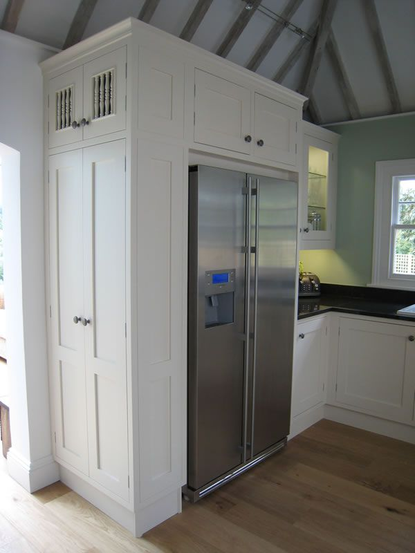 Built in fridge freezer with larder unit google search for Tall fitted kitchen unit
