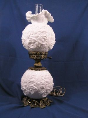 Pin By Kathie Rogers On Collecting Milk Glass Decor Milk Glass Lamp Milk Glass Collection