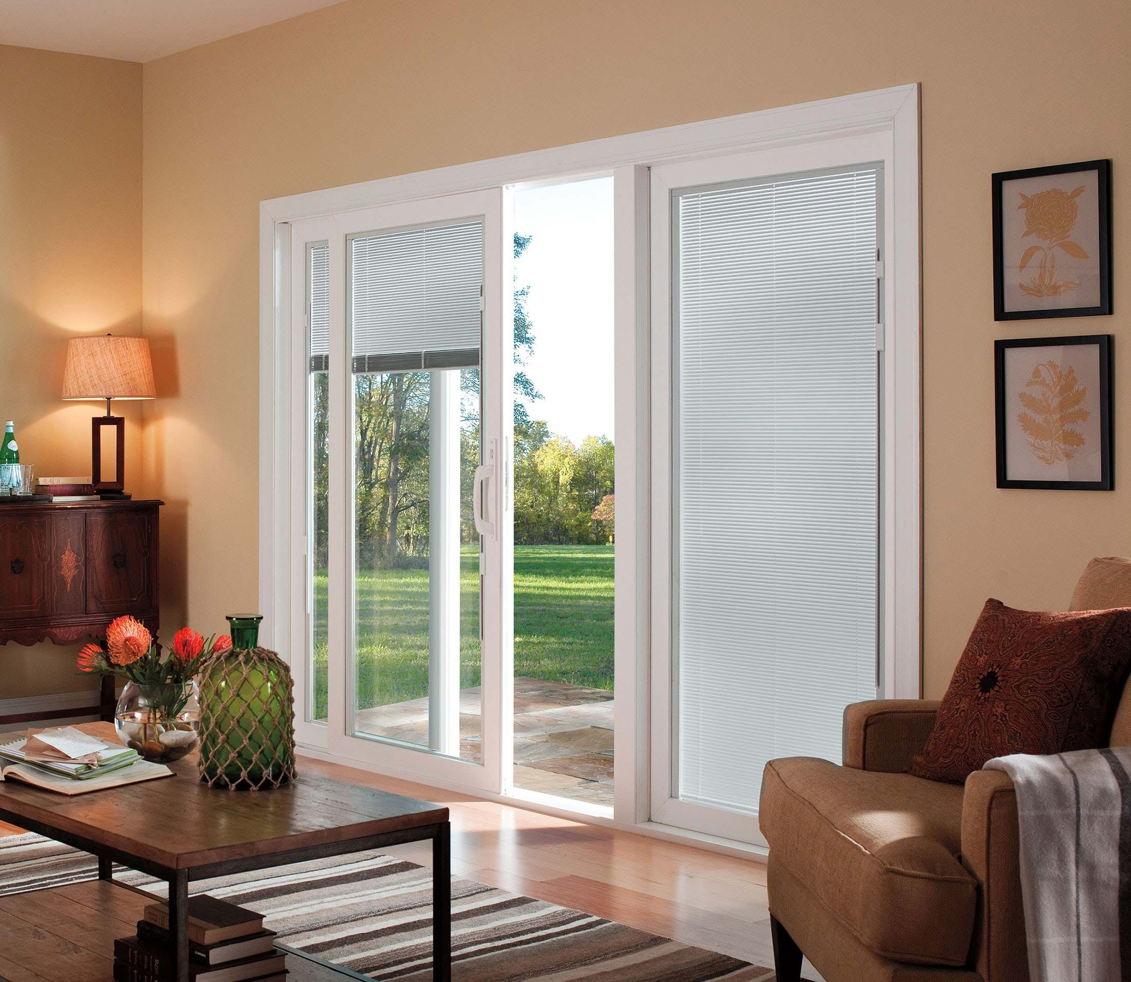 Pella 350 Series Sliding Patio Door Vinyl Triple Pane Gl Rolscreen Retractable Screen Option Blinds Between The