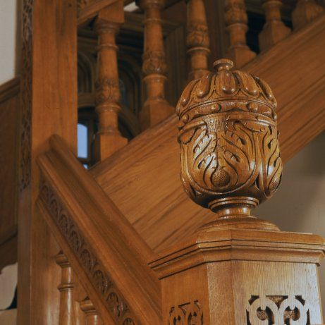 High Quality Oak Staircase With Hand Carved Acorn Finials