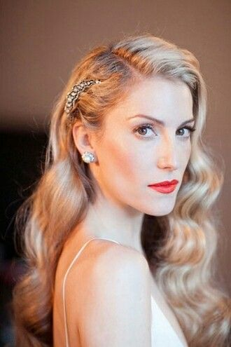 This Is A Classy Look From The Fifties Wedding Hairstyles For