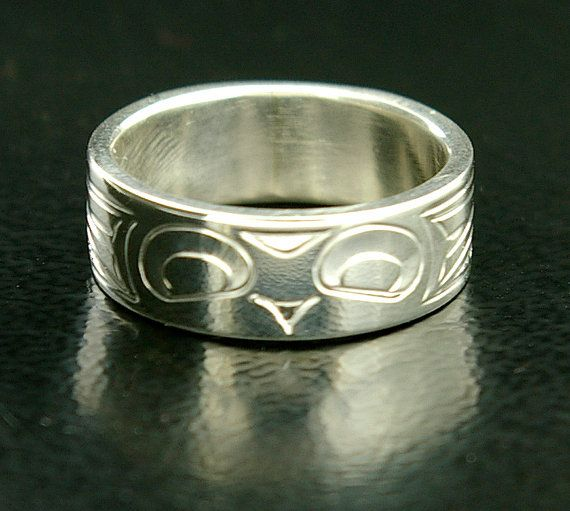 Owl Wedding Ring Northwest Native Band 1 4 Wide Any Size Etsy Owl Wedding Ring Owl Wedding Tattoo Wedding Rings