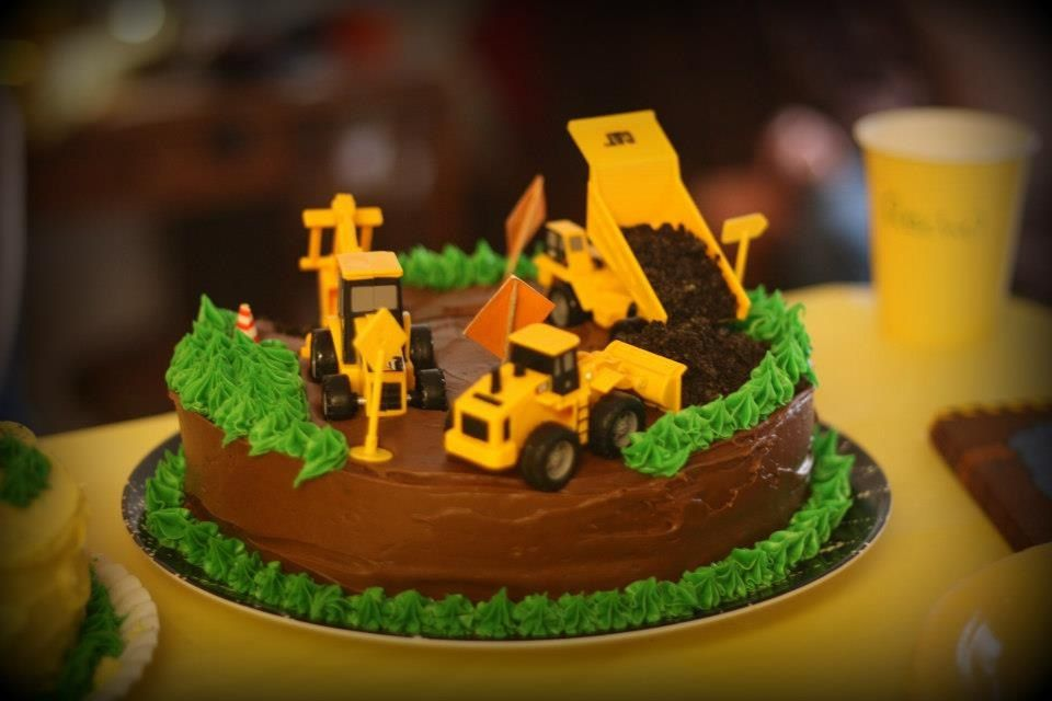 Jaxson S First Birthday Construction Tonka Truck Cake