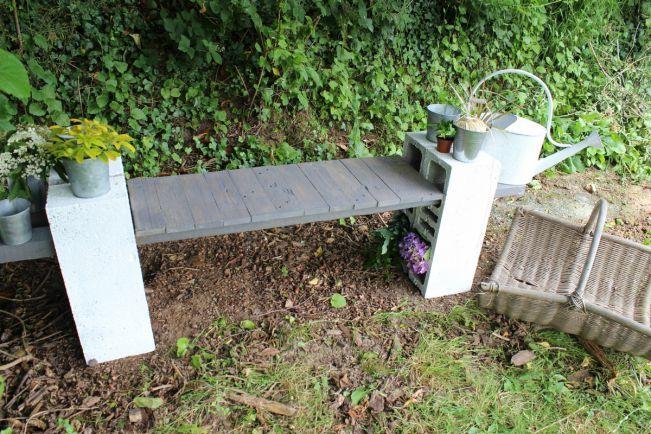 Le banc récupu0027 Pourquoi acheter du mobilier de jardin quand on peut - banc en pierre pour jardin