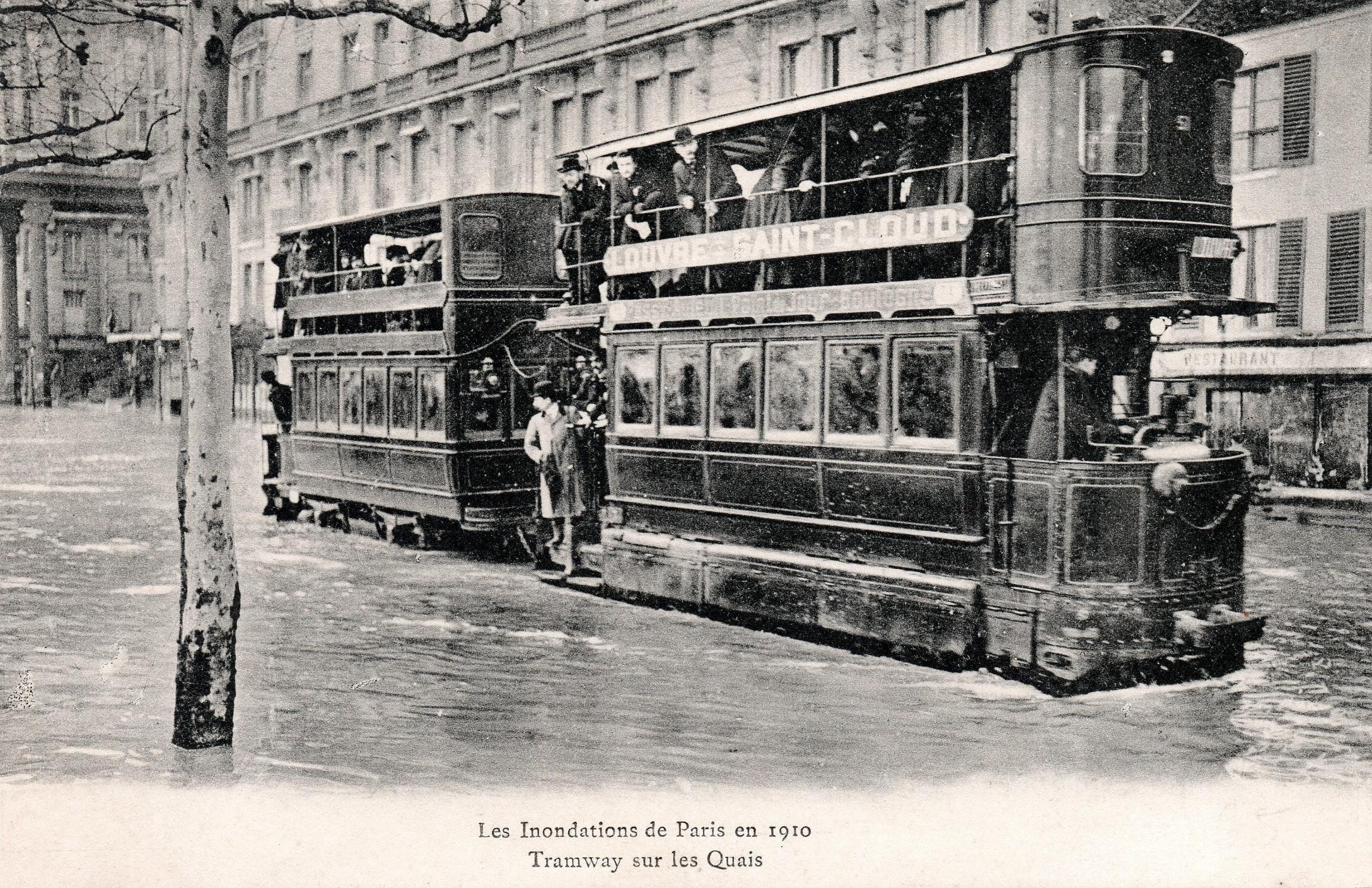 http://upload.wikimedia.org/wikipedia/commons/0/04/Tramway_M%C3%A9karski_Paris_1910_inondations.JPG