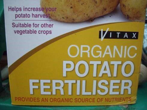 How to Grow Potatoes///mygardenschool.com