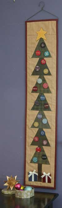 We can't get enough of Jen Daly's clever advent calendar, O Christmas Tree! Get the pattern in Best Christmas Quilts 2013